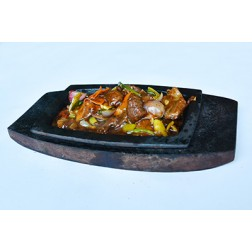 SIZZLING BLACK BEAN BEEF