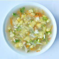 SWEET CORN SOUP WITH CRAB & EGG
